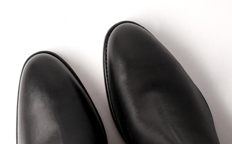R.M.Williams Yearling narrow round toe